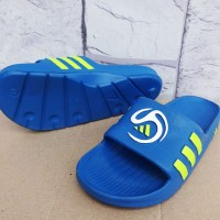 Sandal slop Adidas Predator Biru