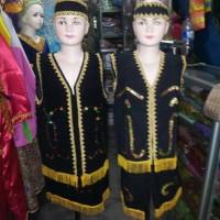 baju pakaian adat karnaval kalimantan barat dayak bludru kalbar SD