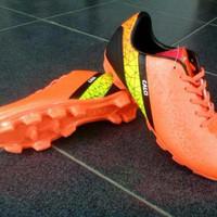 Sepatu bola anak (Calci fury jr) orange/black