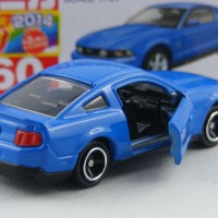 Ford Mustang GT V8 (blue) no 60 Tomica Takara tomy