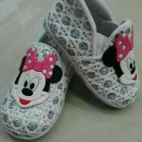 sepatu anak minnie mousr putih