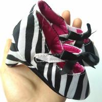 Heels Prewalker Shoes Loreng