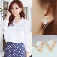 Anting Import Korea Simple Bentuk Segitiga Emas Mutiara (Earring)