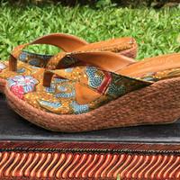 Batik 3 Negeri jepit wedges