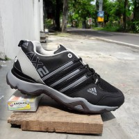Sepatu Pria Adidas AX2 Hitam Abu / Sport / Jogging / Outdoor Tracking