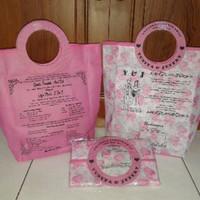 tas undangan model pegangan bulat cantik motif bunga murah pink