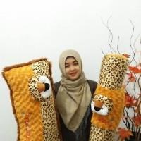 set bantal guling cinta  macan