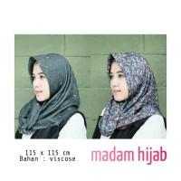 Umama Scraf Two Tone / Jilbab segi empat motif bolak balik