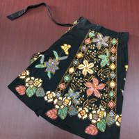 Rok batik tulis lilit pendek