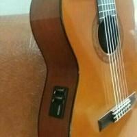 Gitar Yamaha klasik Nilon elektrik CX 40