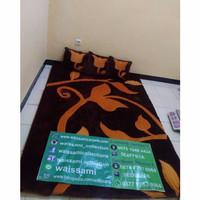 Karpet bulu rasfur motif
