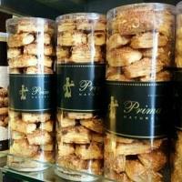 Almond Pastry by Primarasa. Kue cake pastry cookies cheese roti