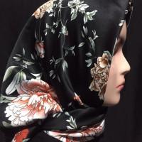 Jilbab Segiempat Motif