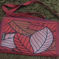 dompet mokamula merah