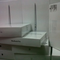 """READY NEW MacBook Air MQD42 (13"""", 1.8Ghz Core i5/8Gb/256Gb FS) BNIB"""