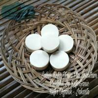 Sabun Natural Herbal Kefir Etawa Organik Colostrum - Size L