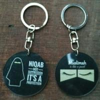 gantungan kunci muslimah akrilik 2in1