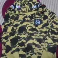 Bape Shark Hoodie x Medicom Toy Be@rbrick Yellow Camouflage