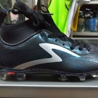 Sepatu Bola Specs Barricada Ultra Stealth FG Junior