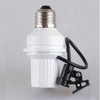 fitting lampu sensor cahaya otomatis siang dan malam