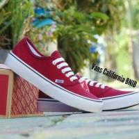 Sepatu casual VANS CALIFORNIA BNIB premium/merah maroon/Pria Wanita