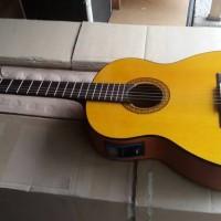 Gitar akustik elektrik yamaha classic Tuner Lc prener