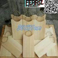 Telenan Tali Talenan Tali Serat Kayu 20X11 Souvenir Art Pinus Pilihan