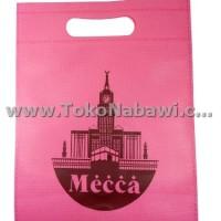 Tas Souvenir Kecil Bahan Kain Spunbond/Goodie Bag Oleh Oleh Haji Umroh
