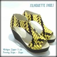 Wedges Zipper 7 cm batik parang kupu kupu by silhouette size 40