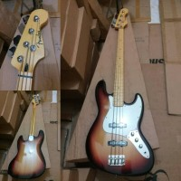 FENDER JAZZ BASS SUNBERS