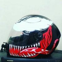Sticker Decal Helm Desain Venom Black