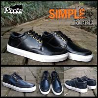 simple black sneakers / sepatu pria murah / best seller / sepatu keren
