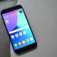 Smartphone Samsung A7 2017 - Miliki Barang Impian