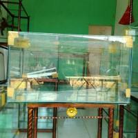 Aquarium kaca 70 x 30 x 40 cm