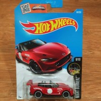 Diecast Hot Wheels Mazda Miata MX5 2017 Red