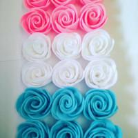 Aplikasi bunga mawar flanel ukuran 5.5 cm/ bahan bros/ bahan buket
