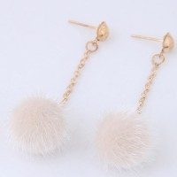 Anting Tusuk Fashion White Pure Color Decorated Pom Earrings A50829
