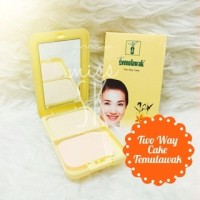 Two Way Cake Temulawak bedak compact