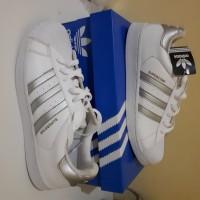 Sepatu Adidas Superstar Silver