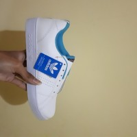 Sepatu Adidas Advantage White Blue