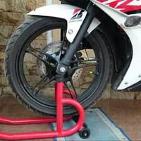 Stand Paddock Depan semua motor bebek atau sport padok pedok