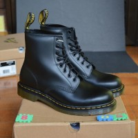 SEPATU/Dr Martens 1460 Black 8uk-42euro