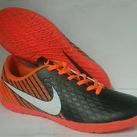 Sepatu Futsal Nike Magista