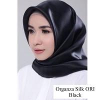Jilbab Hijab Scarf Organza Silk Square Segiempat Polos Segi4 Original