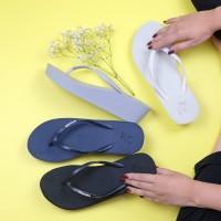 Sandal Jepit Wanita / Wedges / PANAMA CHLOE