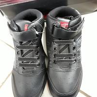 sepatu sekolah anak tanggung warna hitam merk dallas model boots tali