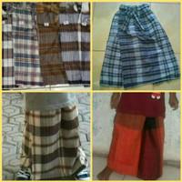Celana Sarung Tenun Anak Motif Dobby/Atlasan/Songket/Wadimor/Bone/Dll