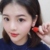 Anting Gantung Fashion Red Ball Shape Decorated Pom E23926