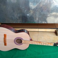 Gitar akustik elektrik equalijer
