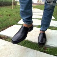 Sandal sepatu pria kulit asli Rasheda VL 08 - Hitam, 39